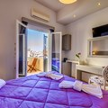Double or twin room (1st floor) with balcony and city view