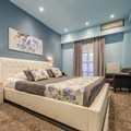 Blue Roses - Double Room
