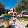 Villa Levantes (9 adults, 2 children)
