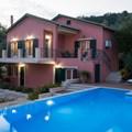 Villa Maistro (9 adults, 2 children)
