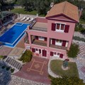 Villa Scirocco (6 adults, 2 children)