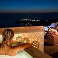 Honeymoon Suite with Caldera view (2 persons)