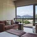 Junior Suite with enclosed balcony with sea view (4 persons)